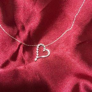 10k White Gold 1/4 Carat Diamond Heart Necklace
